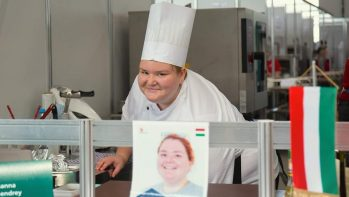 Kazanban is jól állt Szemynek a szakácsruha – World Skills-es élmények