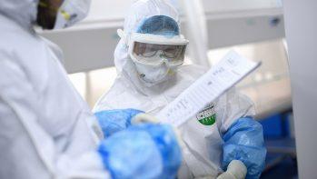 Melyik FFP-s maszk véd a koronavírustól? Lehet-e újra használni vagy fertőtleníteni?