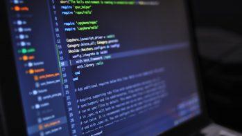 Tényleg falaztak a hivatalok az informatikus képzésben?