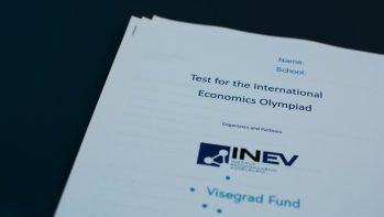 A Budapesti Gazdasági Szakképzési Centrum diákja lett a legokosabb közgazdász (video)